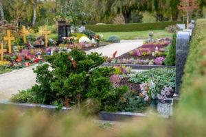 Flexible Pflege der Gräber auf den Friedhöfen in Bretten und Umgebung